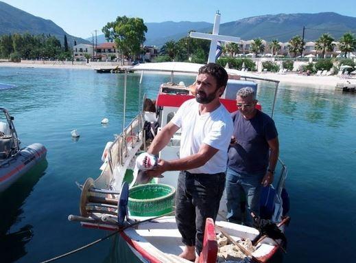 Κεφαλλονιά: Ο ψαράς έπαθε ΣΟΚ με αυτό που είδε στα δίχτυα του (pics)