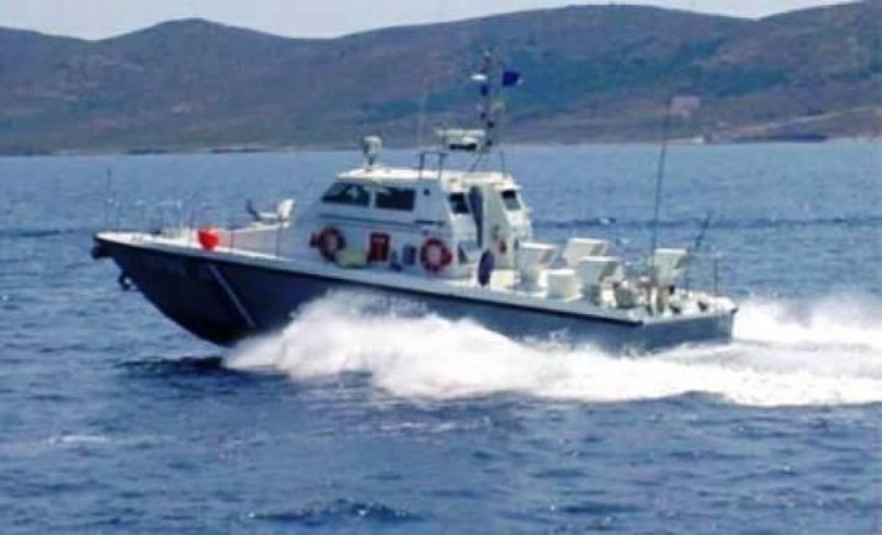 Γιγαντιαία επιχείρηση για τα δύο πλοία που συγκρούστηκαν στην Άνδρο