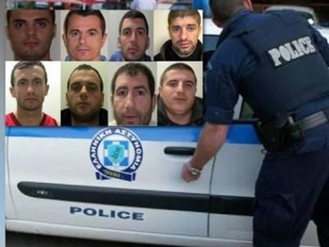 Ιωάννινα: Βρέθηκε το ΙΧ με το οποίο διέφυγαν οι Αλβανοί δραπέτες
