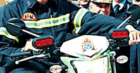 Πυροσβέστης σκοτώθηκε σε τροχαίο στην παραλιακή Καλυβίων