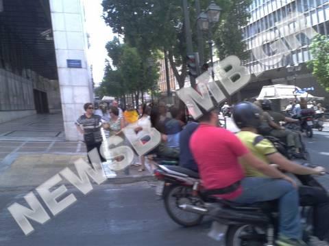 Δημοτικοί αστυνομικοί: Μοτοπορεία στο κέντρο της Αθήνας