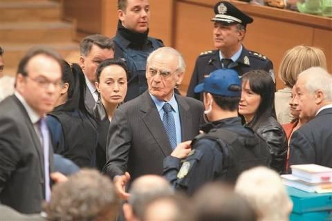 Δίκη Άκη: Όχι στην κλήτευση μελών του ΚΥΣΕΑ είπαν οι εισαγγελείς