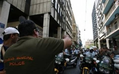 ΤΩΡΑ: Μοτοπορεία δημοτικών αστυνομικών (pics+vids)