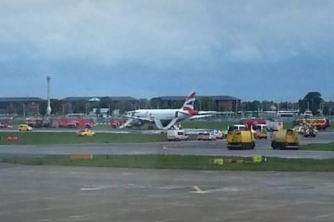 Βρετανία:Έκλεισε το αεροδρόμιο Χίθροου λόγω πυρκαγιάς σε αεροπλάνο