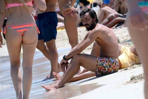 Στιγμές χαλάρωσης στην Ίμπιζα για τον Andrea Pirlo (photos)