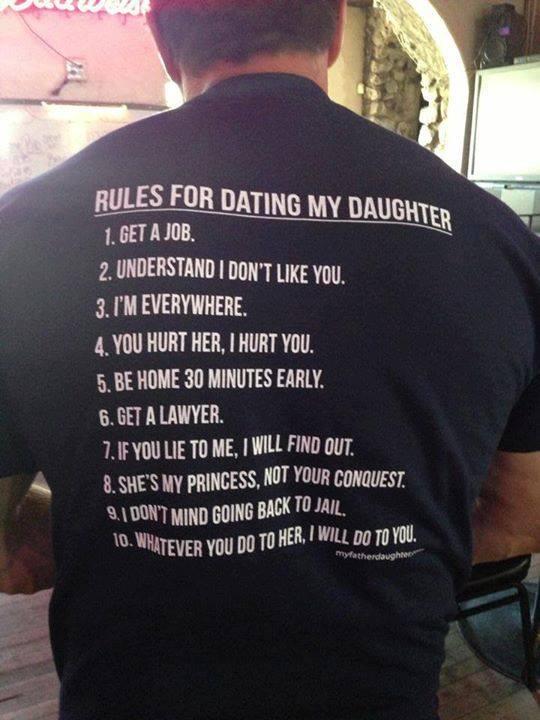 Σαρώνει στο facebook το μπλουζάκι του Κρητικού πατέρα