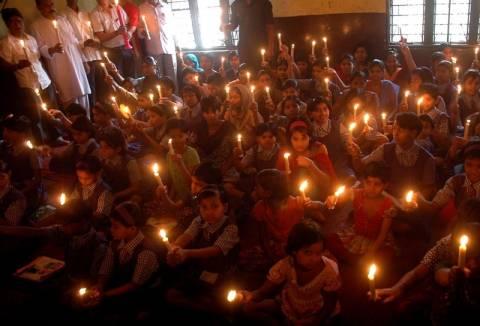 Ινδία: Νεκροί θεωρούνται οι 5.748 αγνοούμενοι στις πλημμύρες