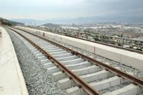 Διακοπή της σιδηροδρομικής σύνδεσης Λαμίας-Λάρισας εξαιτίας φωτιάς