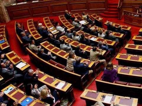 Στην Ολομέλεια της Βουλής συζητείται το Πολυνομοσχέδιο