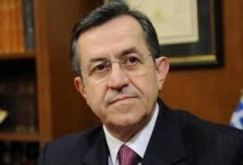 Εκρηκτικός στη Βουλή ο Ν. Νικολόπουλος