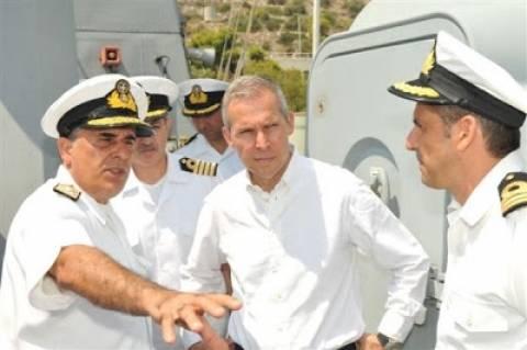 Επίσκεψη ΥΦΕΘΑ Θανάση Δαβάκη στο Αρχηγείο Στόλου ΠΝ