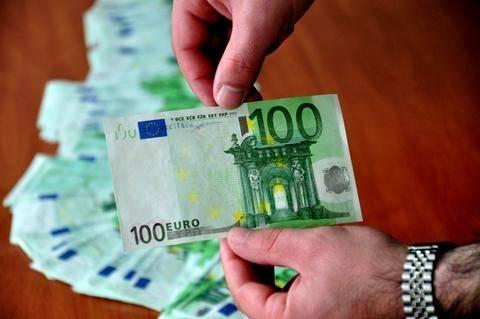 Καβάλα: Βγήκαν για ψώνια με 4.400 πλαστά ευρώ