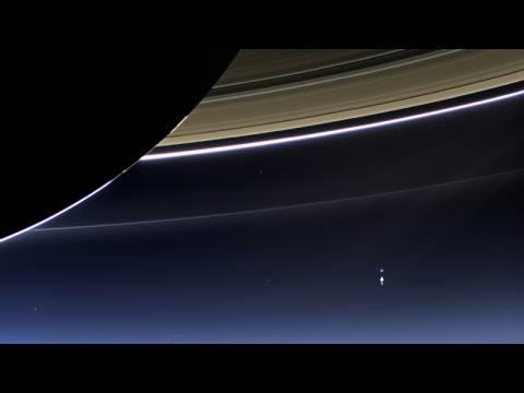 Πως φαίνεται  η Γη από τον Κρόνο