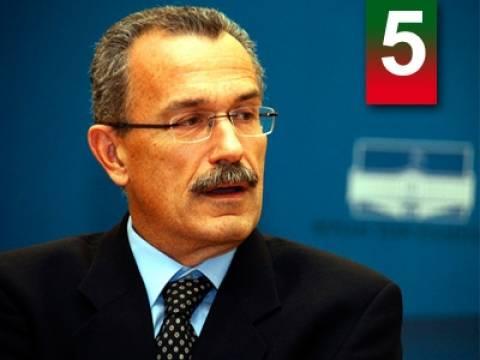 «Η σύνδεση κυβέρνησης – δημοσιογράφων θα σταματήσει»
