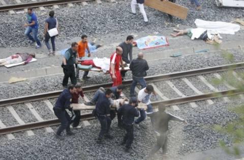 Υπό κράτηση στο νοσοκομείο ο μηχανοδηγός στη Γαλικία