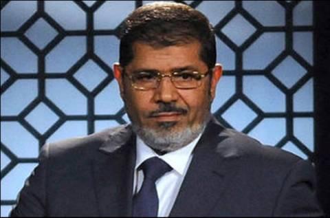 Προφυλάκιση του Μόρσι για «συνωμοσία με τη Χαμάς»