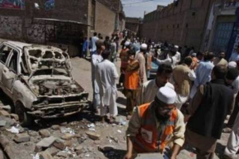 Mακελειό με δέκα νεκρούς στο Πακιστάν