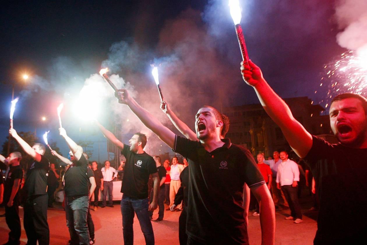 Γκάλοπ: Στο 18% η Χρυσή Αυγή – «Πονοκέφαλος» για τα υπόλοιπα κόμματα