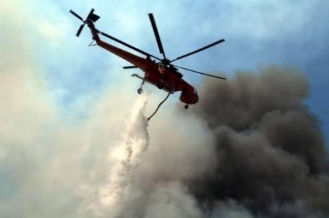 Σε εξέλιξη πυρκαγιά στην Σέριφο