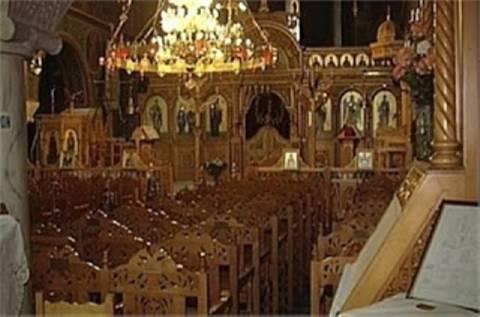 Αλλοδαπός ιερόσυλος «άδειασε» εκκλησία στην Κορινθία