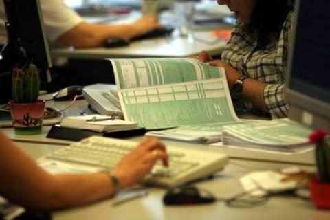 Φορολογικές δηλώσεις: Αλαλούμ με τις παρατάσεις