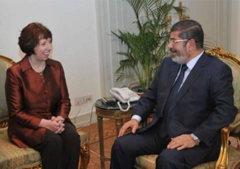 Κ. Άστον: Ο Μόρσι είναι καλά και έχει πρόσβαση στα ΜΜΕ