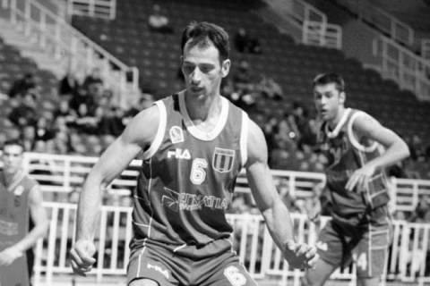 Θρήνος στο μπάσκετ για τον Γιαννόπουλο