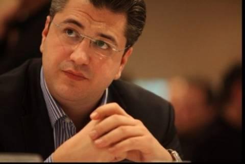 Τζιτζικώστας:Θα γίνει διαβούλευση για τη λειτουργία των καταστημάτων