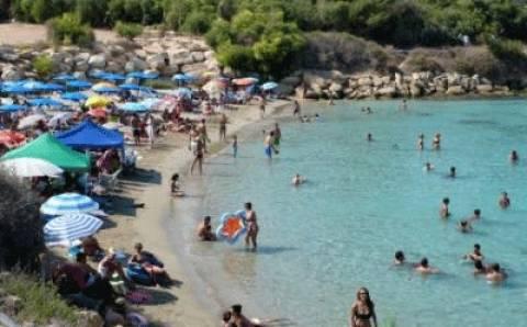 Καθαρές οι παραλίες Πρωταρά και Αγίας Νάπας Κύπρου
