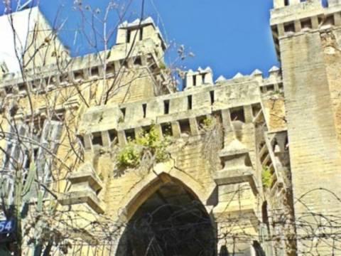 Το Κάστρο των Πατησίων: Το μοναδικό Νεογοτθικό κτήριο της Αθήνας