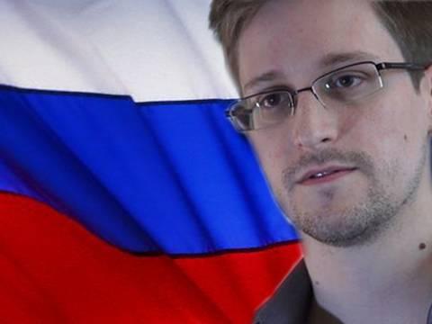 Άσυλο ενός έτους στον Σνόουντεν-Χτύπημα Πούτιν στις ΗΠΑ