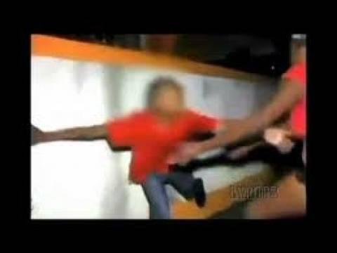 Βίντεο: Φάντασμα «επιτίθεται» σε νεαρό αγόρι on camera!