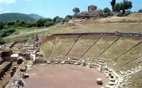 Το αρχαίο θέατρο Μεσσήνης ξαναζεί μετά από 1.700 χρόνια!