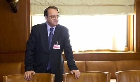 Ρωσία-Αραβικά Εμιράτα συζήτησαν για τα προβλήματα της Μ. Ανατολής