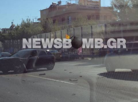 Τροχαίο ατύχημα στο Περιστέρι (pics)
