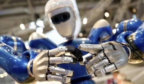 Η Ιαπωνία εκτόξευσε στο διάστημα ρομπότ που μιλάει!