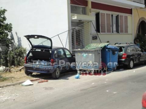 Αναστάτωση στην Πρέβεζα από τρελή πορεία αυτοκινήτου