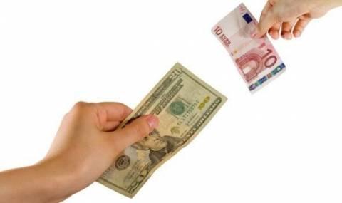 Το ευρώ σημειώνει οριακή άνοδο 0,02% στα 1,3260 δολάρια