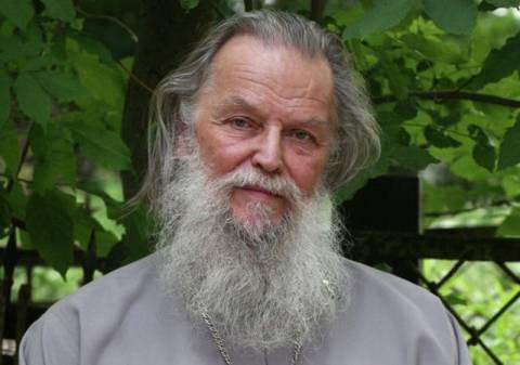 Δολοφονήθηκε ιερέας που είχε υπερασπιστεί τις Pussy Riot