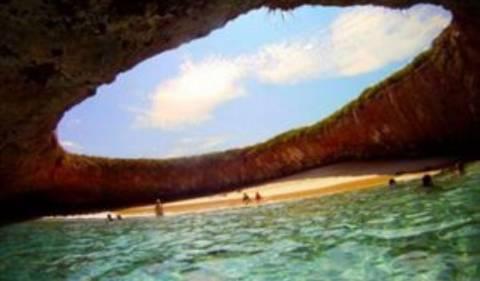 Oι 10 πιο παράξενες παραλίες στον κόσμο!