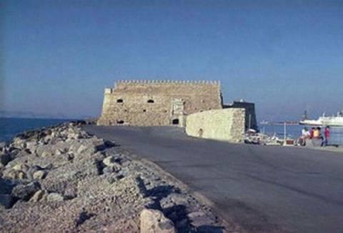 Κρήτη: 11χρονος βρέθηκε στα νερά του λιμανιού στο Ηράκλειο