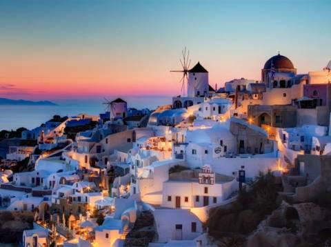 CNN: Το ηλιοβασίλεμα στη Σαντορίνη στα 12 καλύτερα του κόσμου