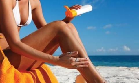 Τα αντηλιακά μειώνουν και τις ρυτίδες