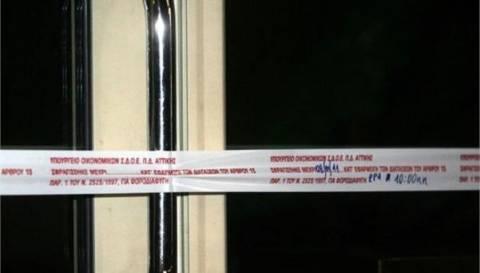 Το ΣΔΟΕ σφράγισε για 48 ώρες δύο επιχειρήσεις σε Σύβοτα και Θάσο