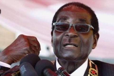 Ζιμπάμπουε: «Να κρεμαστεί» κάλεσε ο Μουγκάμπε τον Τσβανγκιράι
