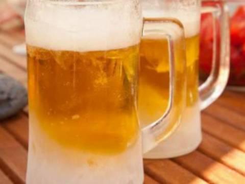Πώς να παγώσετε σε τρία λεπτά τις μπύρες και τα αναψυκτικά σας