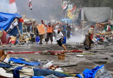 Εξαπλώνονται οι ταραχές στην Αίγυπτο