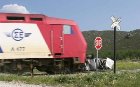 Λειβαδιά: Σύγκρουση τρένου με αυτοκίνητο - Ταλαιπωρία για 350 επιβάτες