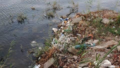 To μολυσμένο νερό σε παραπόταμο του Νείλου