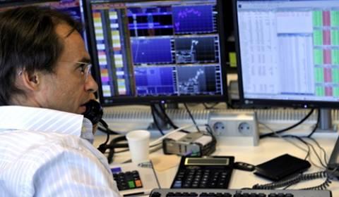 Η Ρωσία περιέκοψε τις επενδύσεις σε αξιόγραφα ΗΠΑ